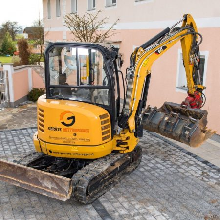 Minibagger CAT 302.7D CR